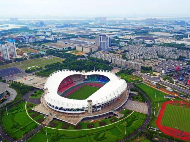《好声音》总决赛将于今晚在武汉举行,李的歌单将在、、公布。 第8张