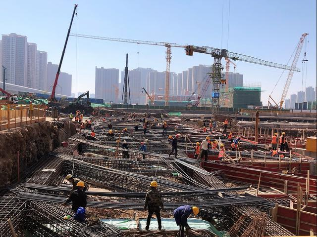 一个月内,洪山两大医院开工建设,武汉所有中心城市都有三甲综合医院。 第3张