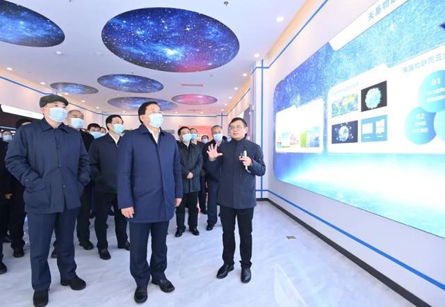 武汉今天如火如荼!全市开始了相互观察、相互学习、相互评价、相互促进的活动。 第5张