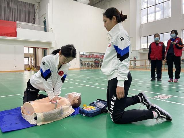 """武汉举办""""师生急救技能""""大赛,确定急救专家。 第1张"""