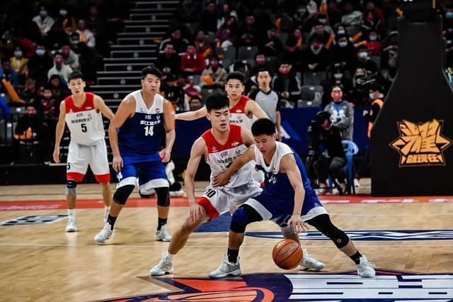 第23届中国大学生篮球联赛在武汉揭幕。 第6张
