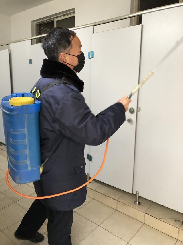 参观进口冷链食品监督检验现场:每种食品的所有最小单位都经过核酸检测。 第2张