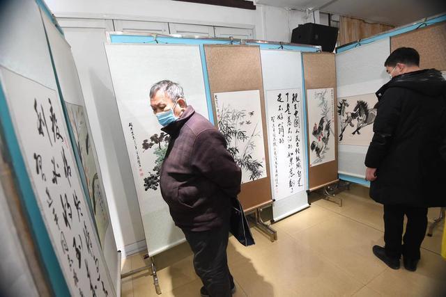 书画在花年被袭,书画展览在旧年举行。 第2张