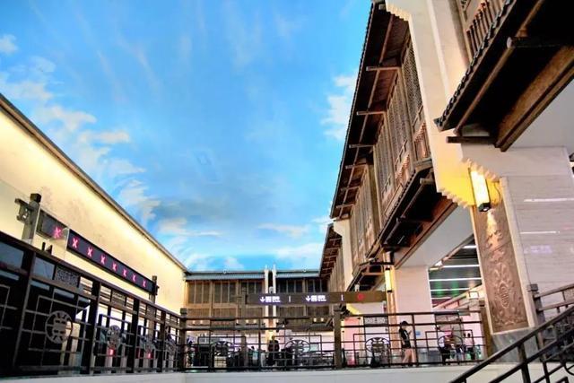 武汉十大最美地铁站第一站惊艳。 第8张