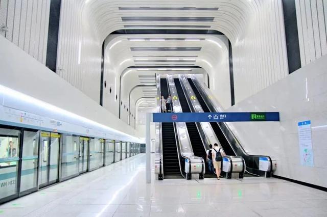 武汉十大最美地铁站第一站惊艳。 第13张