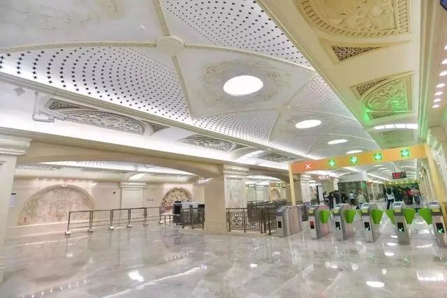 武汉十大最美地铁站第一站惊艳。 第16张