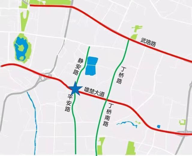 从现在开始,雄初街路口将放开管制,方便南湖居民出行。 第3张
