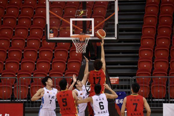 2020赛季,武汉当代男篮不断创造历史。 第2张