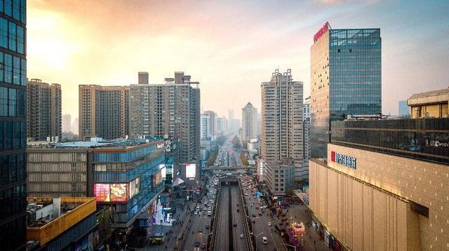 加快街道口区改造,洪山区建设高质量大学城市。 第1张