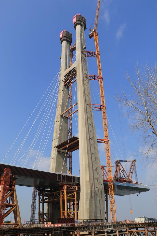 武汉造!这次是中国第一座交叉索斜拉桥。 第2张