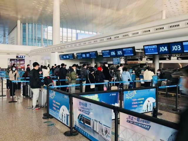元旦连休,天河机场预计运输旅客15万人。 第1张