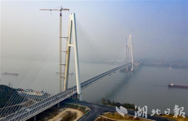 五年建成十一座长江大桥,湖北建桥数量居全国第一。 第5张