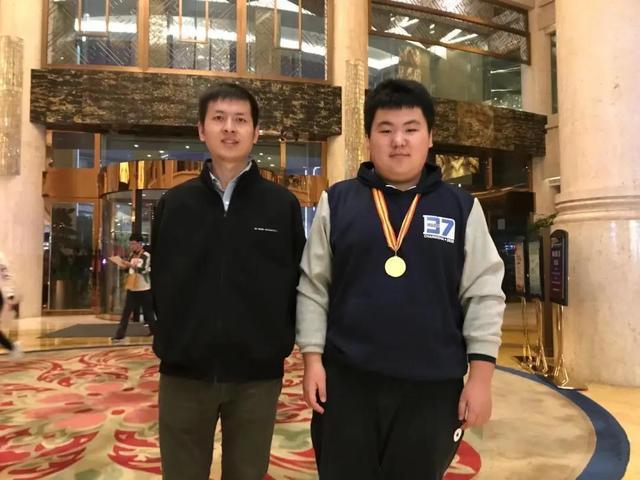 优秀!武汉高中生将代表中国参加国际物理奥林匹克竞赛。 第2张