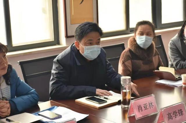 武昌首义路街道开展NPC代表和CPPCC成员联合活动,为基层疫情防控提供建议和意见。 第2张
