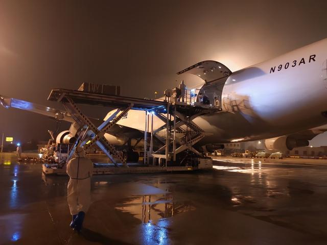 湖北至美国货运航班恢复。 第1张