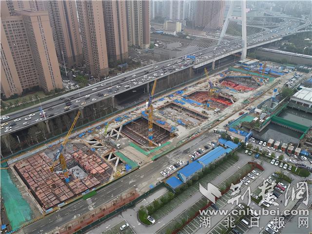 华中地区最大的地下净水厂顶板已成功浇筑。 第1张