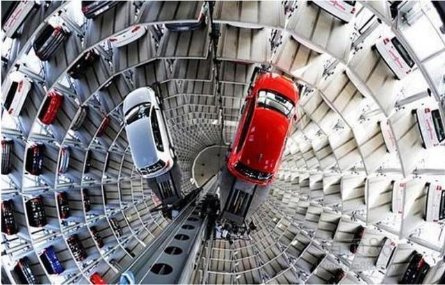 无需倒车入库,取车分分钟…华中最大智慧立体停车场封顶。 第2张