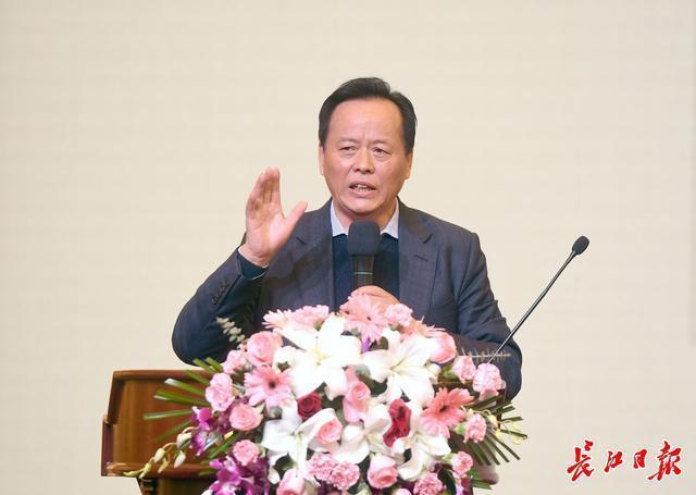 张伯礼、张定宇等7名专家在汉分享中医抗疫经验。 第5张