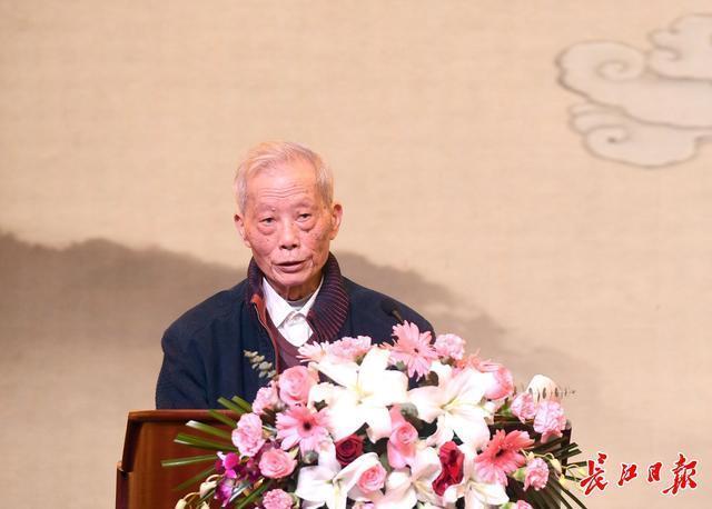 张伯礼、张定宇等7名专家在汉分享中医抗疫经验。 第6张